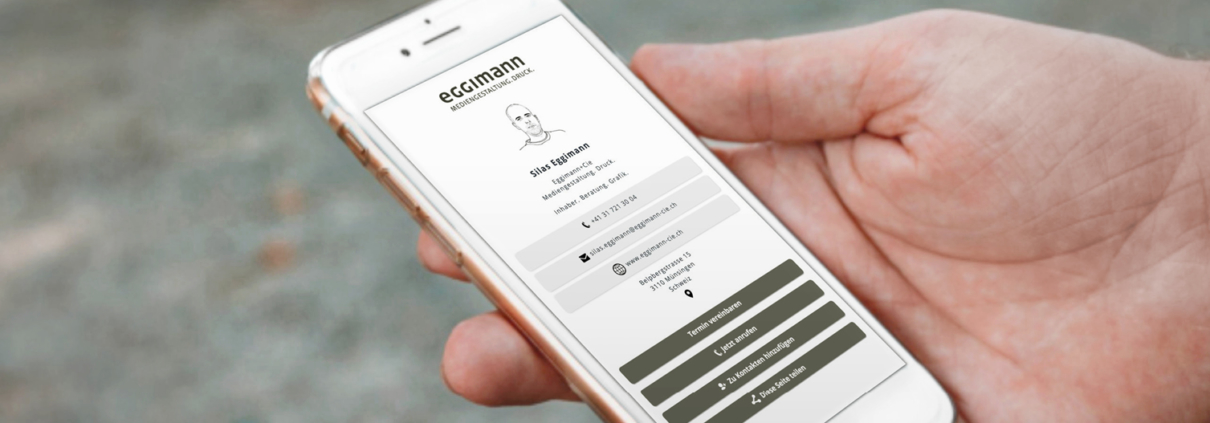 Digitale Visitenkarten – Smartphone mit digitaler Visitenkarte